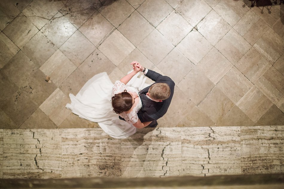 First-Dance-The-Gibsons-Photographers