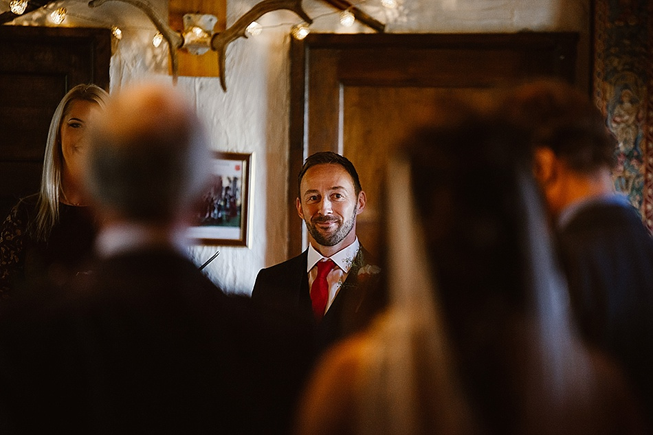 rustic-medieval-scottish-wedding-at-plane-castle-picturesque-by-mrmrs-m-0014