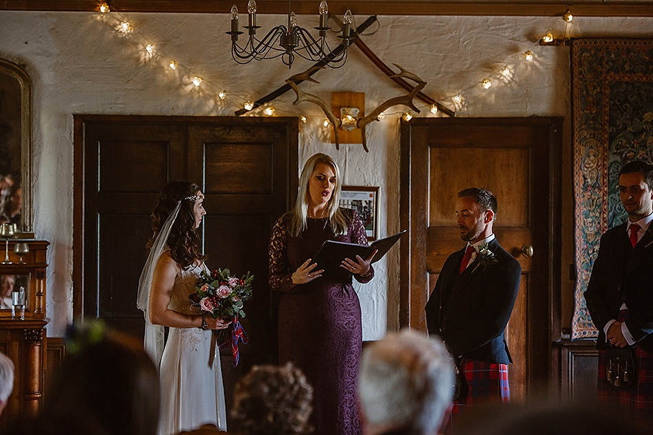 rustic-medieval-scottish-wedding-at-plane-castle-picturesque-by-mrmrs-m-0015