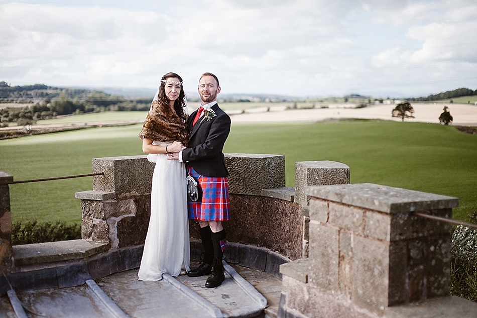 rustic-medieval-scottish-wedding-at-plane-castle-picturesque-by-mrmrs-m-0019