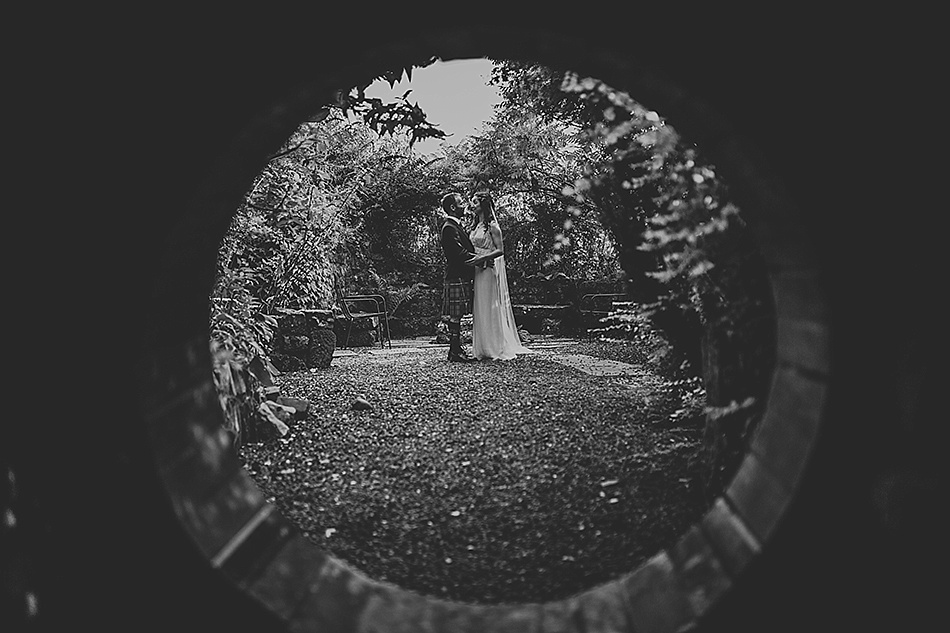 rustic-medieval-scottish-wedding-at-plane-castle-picturesque-by-mrmrs-m-0026