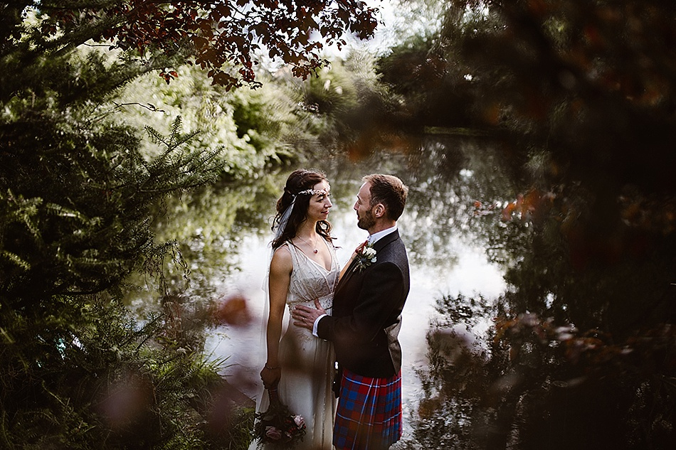 rustic-medieval-scottish-wedding-at-plane-castle-picturesque-by-mrmrs-m-0027